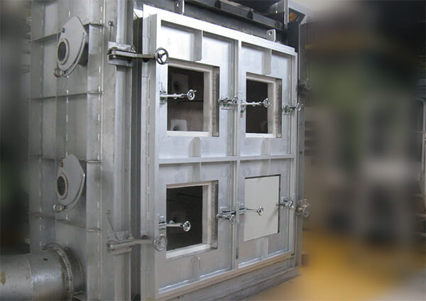パネル試験炉